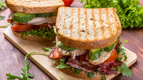 chicken-avocado-blt-sandwich-rinamfmv874